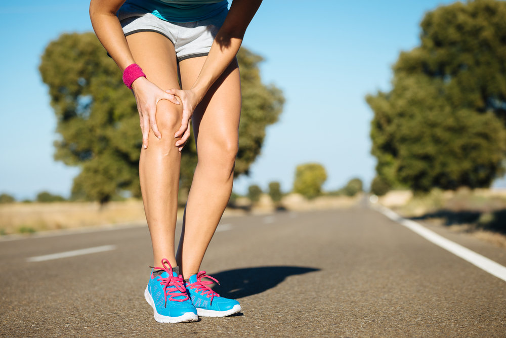 Woman suffering from runner's knee experiences common cause of knee pain in Guelph